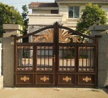 成都李女士铸铝庭院大门