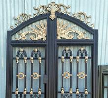 黄山李先生铸铝庭院大门