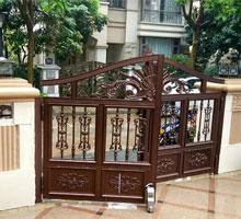 山西刘先生铸铝庭院大门