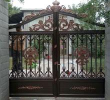 南昌夏女士铸铝庭院大门